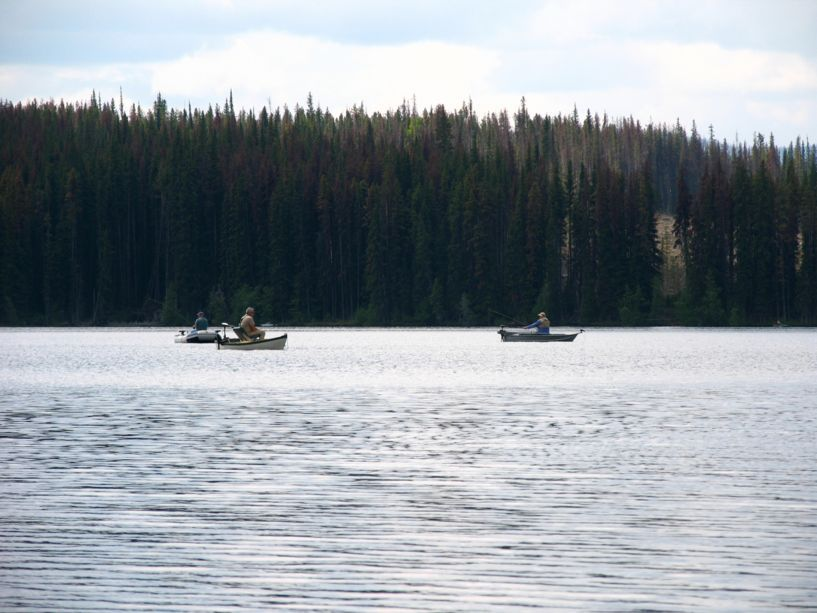 7471_group_fishing