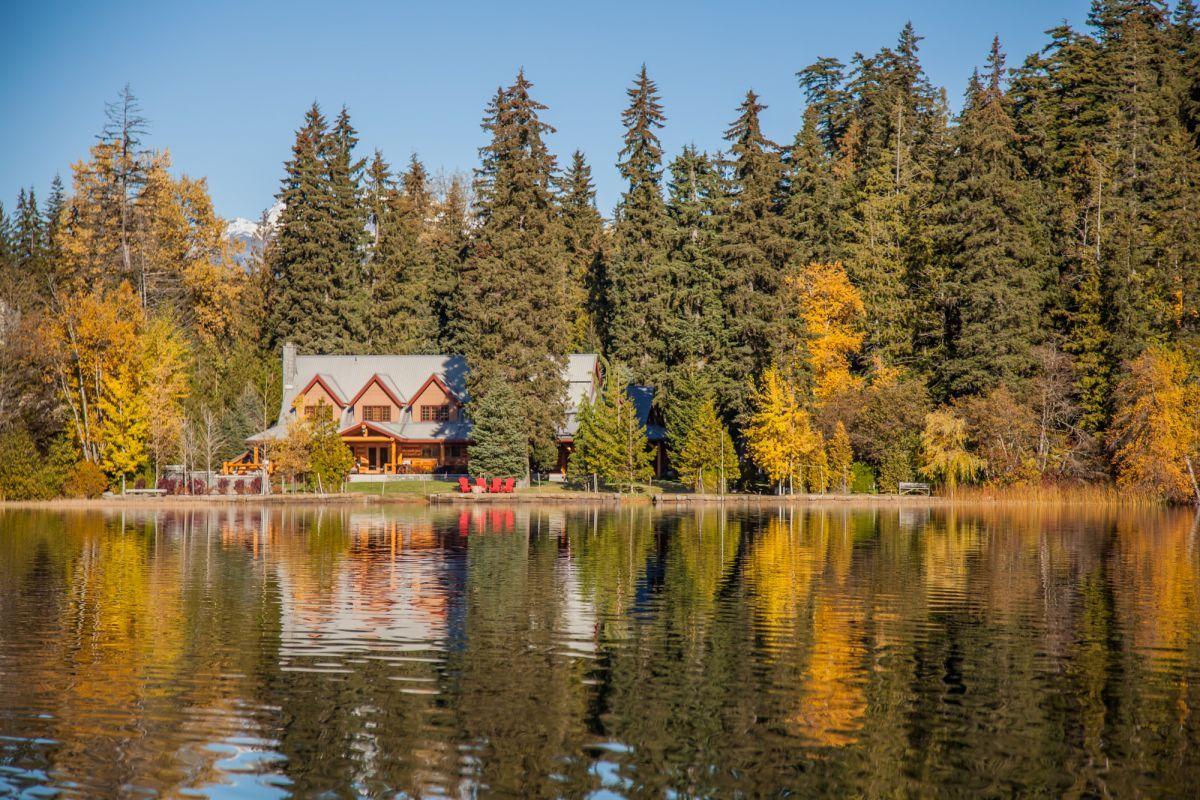 8640HS Lakeshore Scenic at Alta Lake